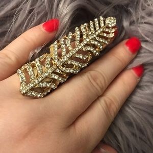 Jewelry - Gold tone rhinestone/crystal/bling feather ring🦄
